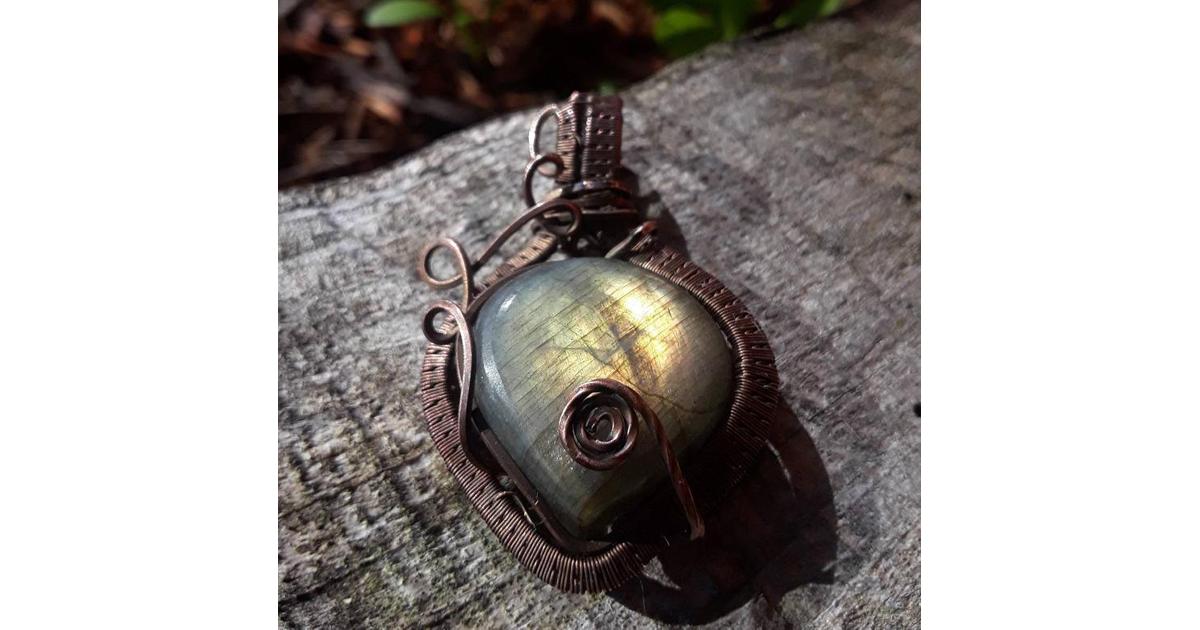 Labradorite Pendant (Wire wrapped in oxidized copper)